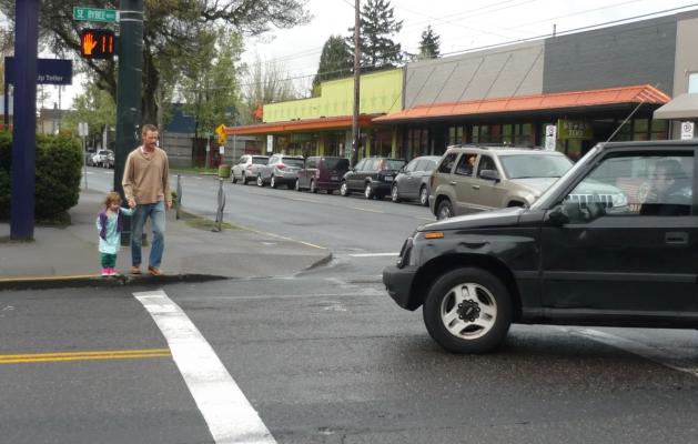 Pedestrians permissive turn.jpg